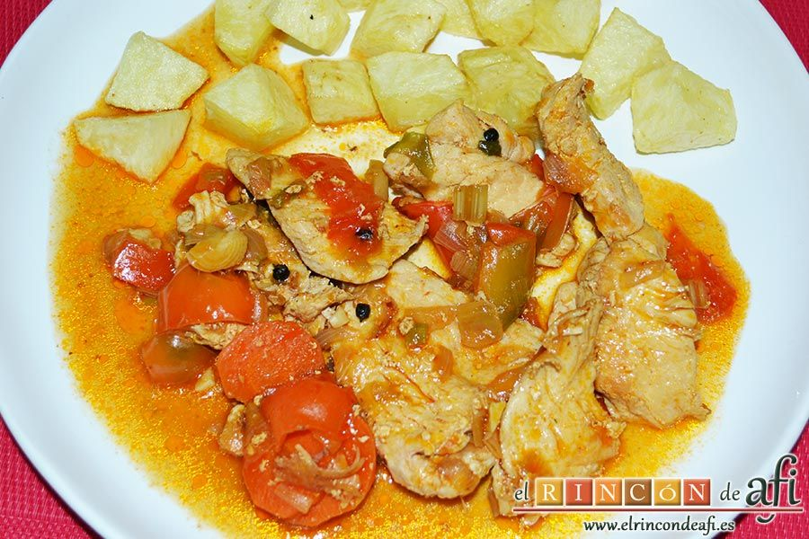 Este pollo a la jardinera es una receta muy popular, hay varias formas de prepararlo. Esta es muy sencilla y queda muy rica.