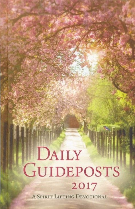 Daily Guideposts 2017: A Spirit-Lifting Devotional, hardcover