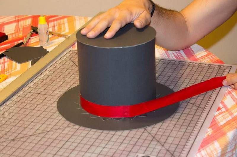 b351bd37412fe Doblar los triángulos en la parte inferior Sombreros De Mago