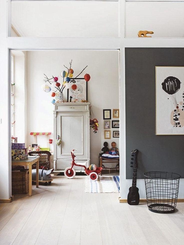 Graue Wände + helle Böden - lieben dieses schicke Zuhause#boden #dieses #graue #helle #lieben #schicke #wände #zuhause