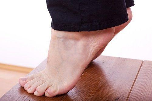 Gambe flaccide: 6 esercizi per tonificarle - Vivere più..
