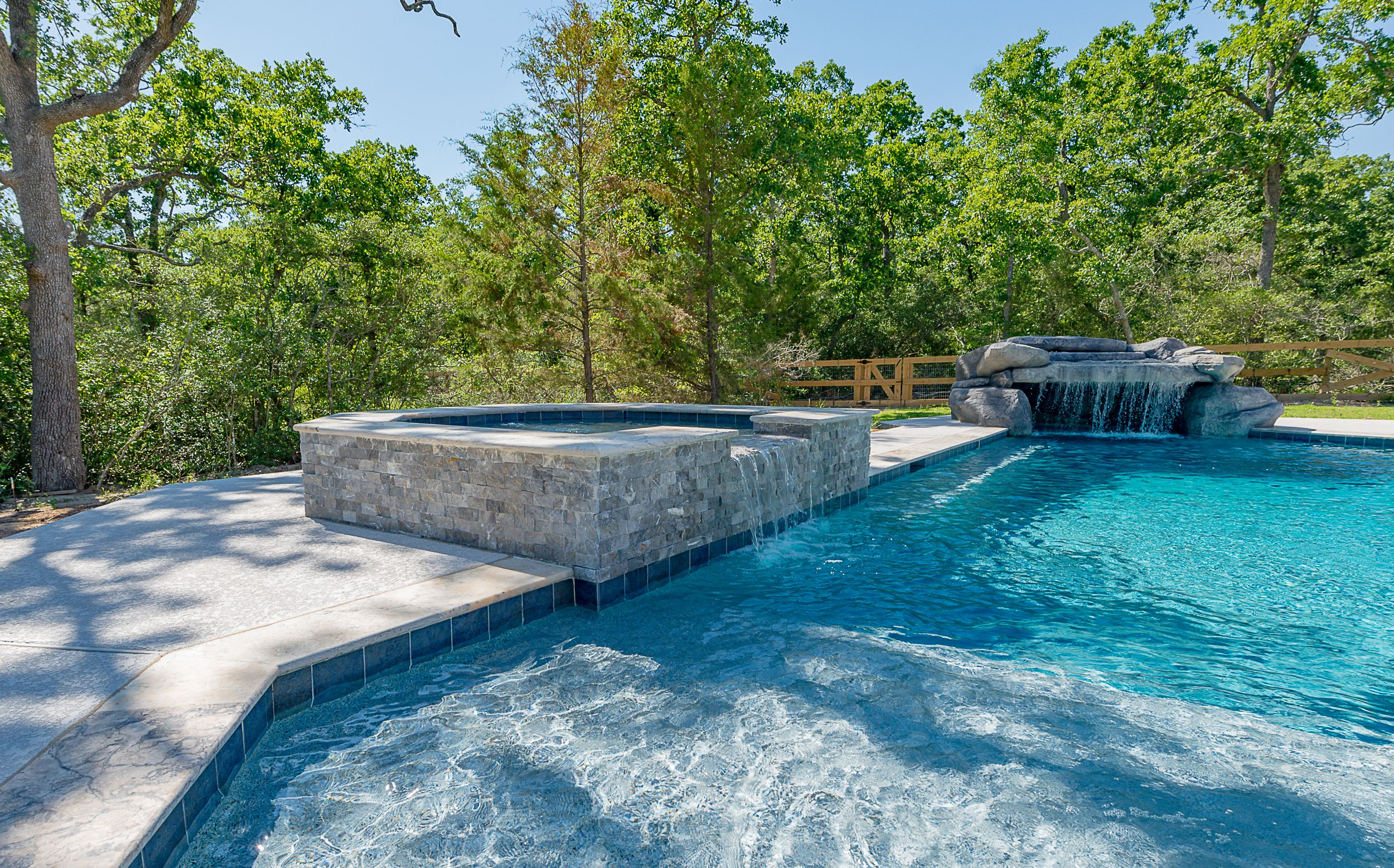 Pool In Indian Lakes Grotto With A Waterfall And A Spa With A Water Fall Overflow 979 704 6102 Www Paradiseoasispools Oasis Pool Outdoor Spa Pool Builders