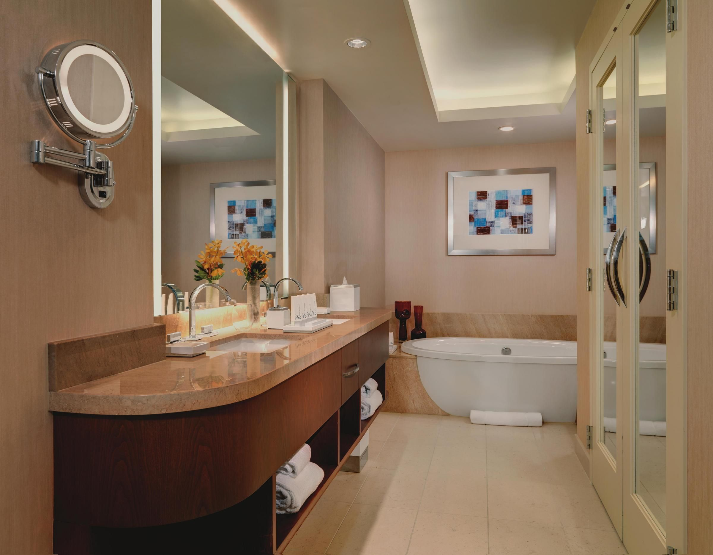 Luxurious Corner Suite Bathroom Spacious And Private Water Closet Rooms Suites Pinterest