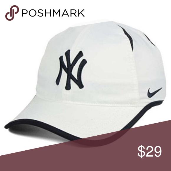 63be7ae283628 NY Yankees Dri-FIT featherlight adjustable Cap NWT