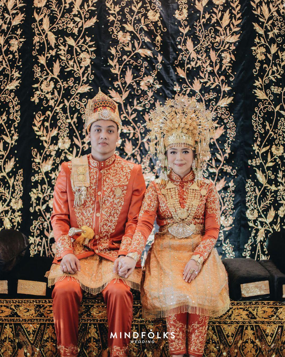 Pakaian Adat Aceh Untuk Pria Dan Wanita