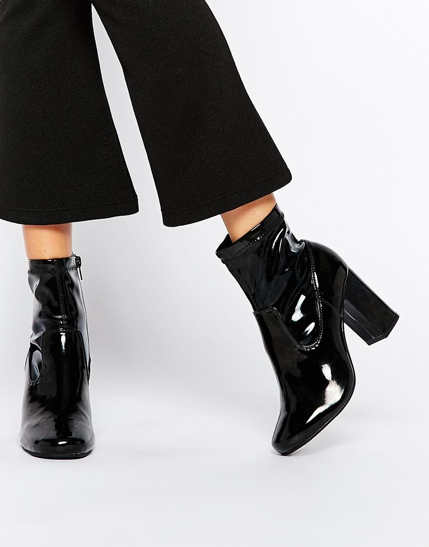Buy Women Shoes / River Island 60s Boots With Block Heel