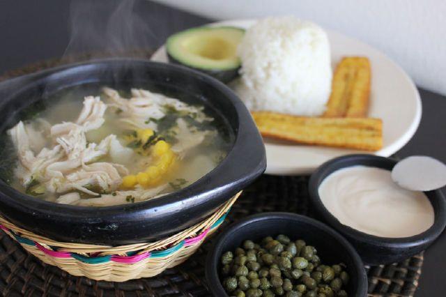 Ajiaco Santafereno Recetas Colombianas Restaurantes De Comida Recetas De Comida