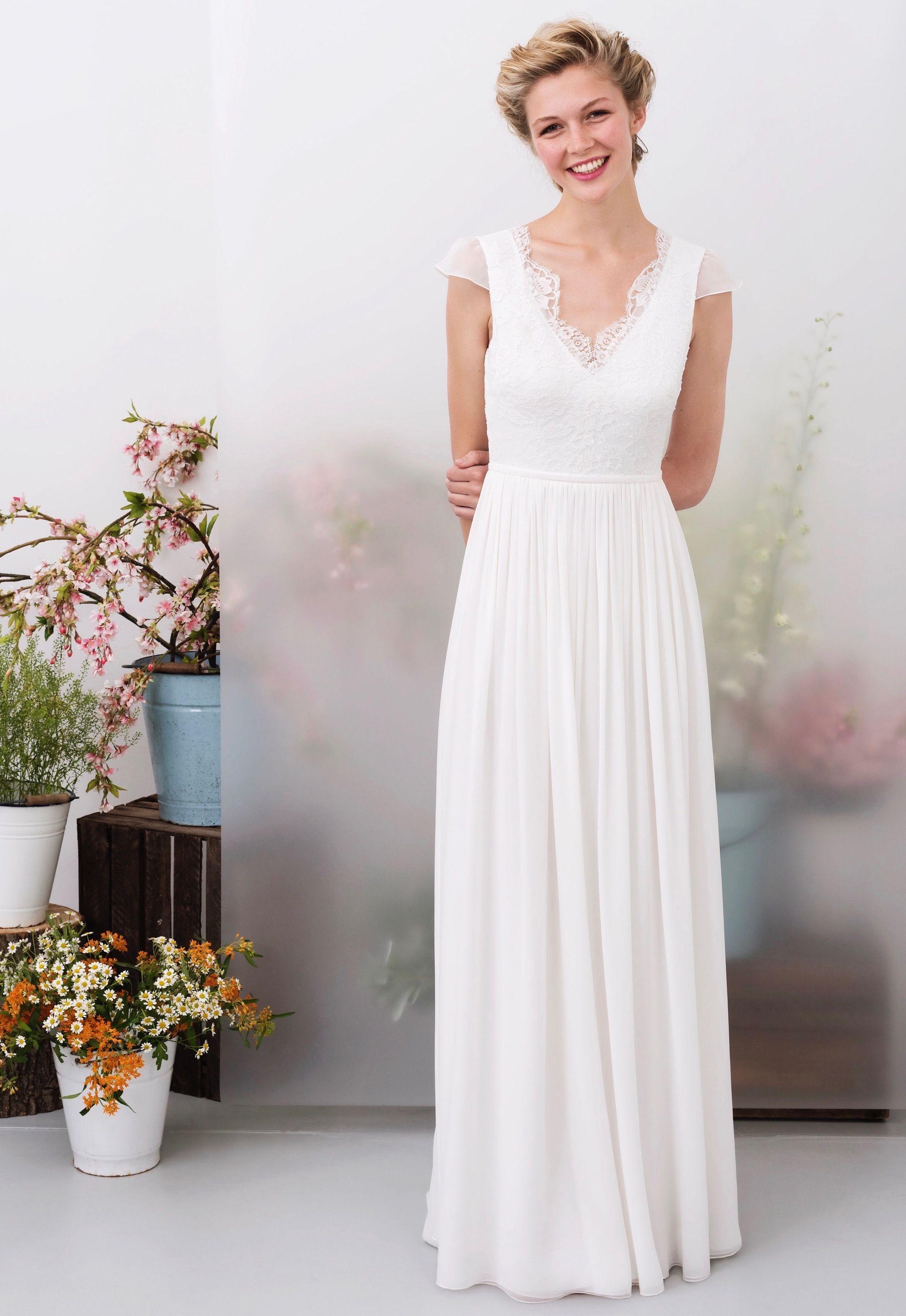 Brautkleid INJA von Kisui Berlin  Brautmode, Braut, Kleider hochzeit
