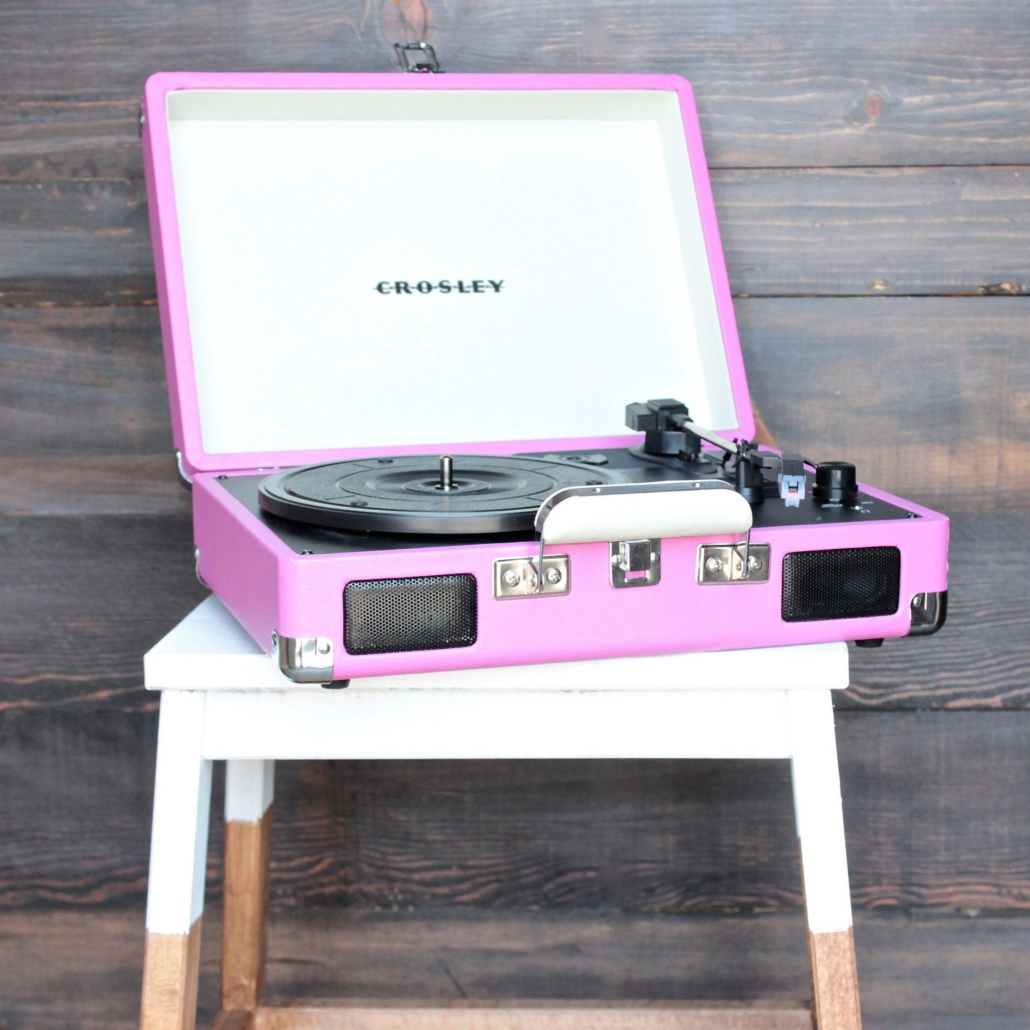 crosley cruiser portable turntable in pink jack audio briefcases