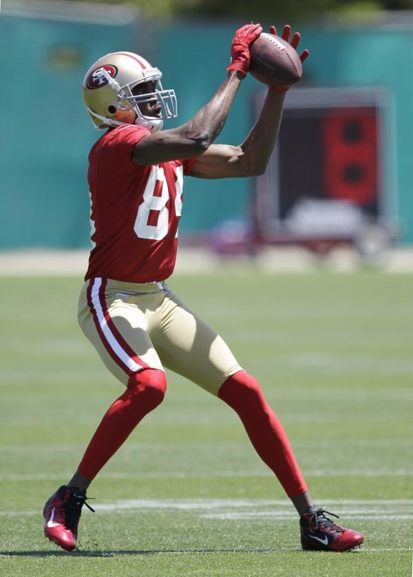 f3bb65f6bff San Francisco 49ers wide receiver Randy Moss
