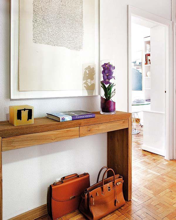 Elegante y sencillo la atenci n se centra en el cuadro y for Muebles encantadores del pais elegante