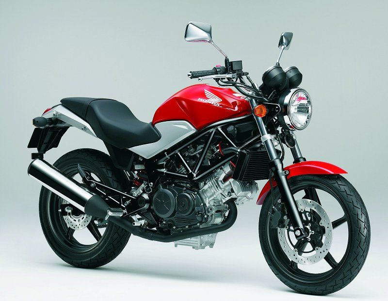 Revised Honda Vtr250 Roadster Announced For Europe Honda Bikes Honda Hero Honda Bikes