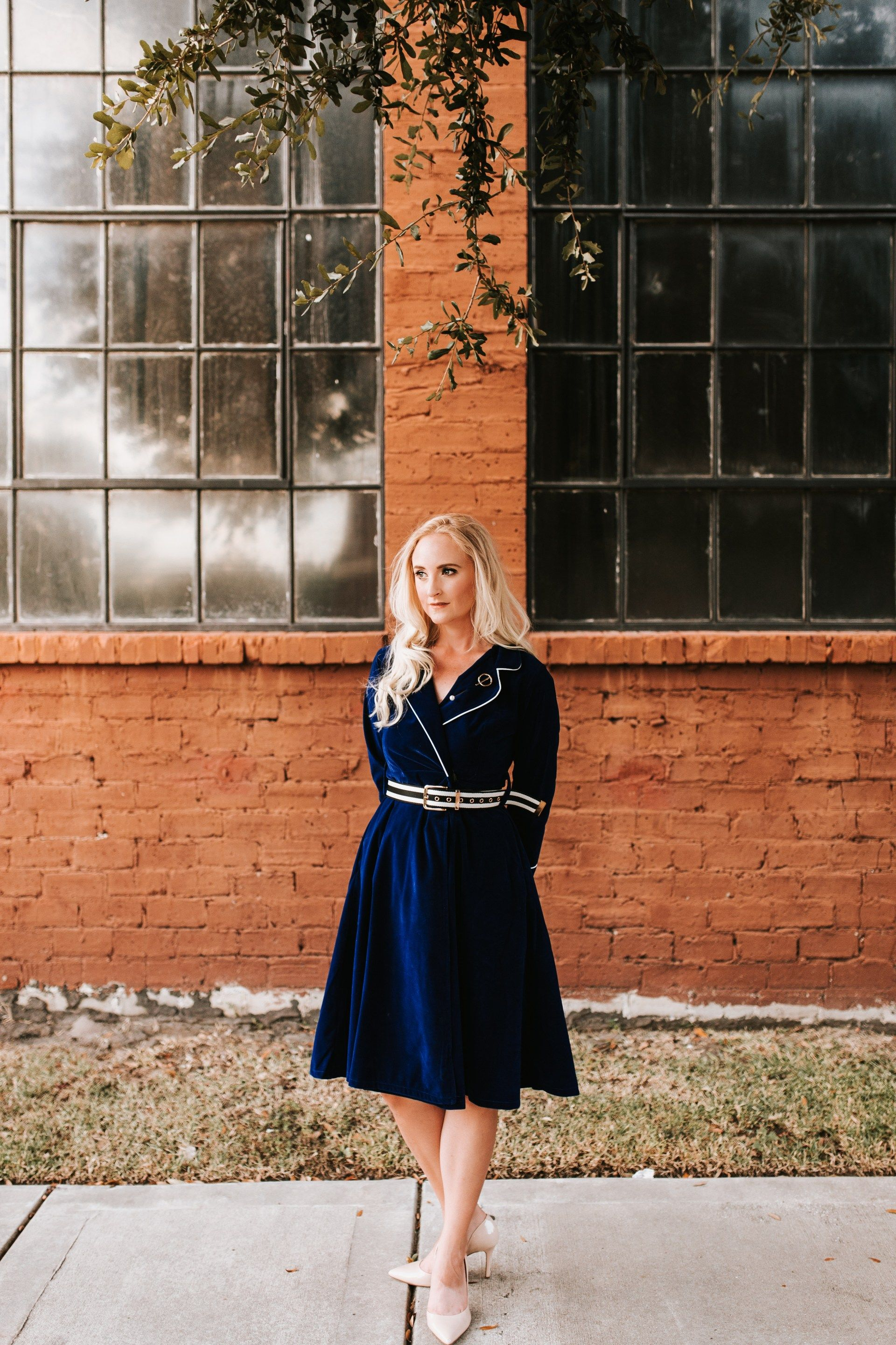 4 Gorgeous Dresses for Fall Wedding Guests #weddingguestdress