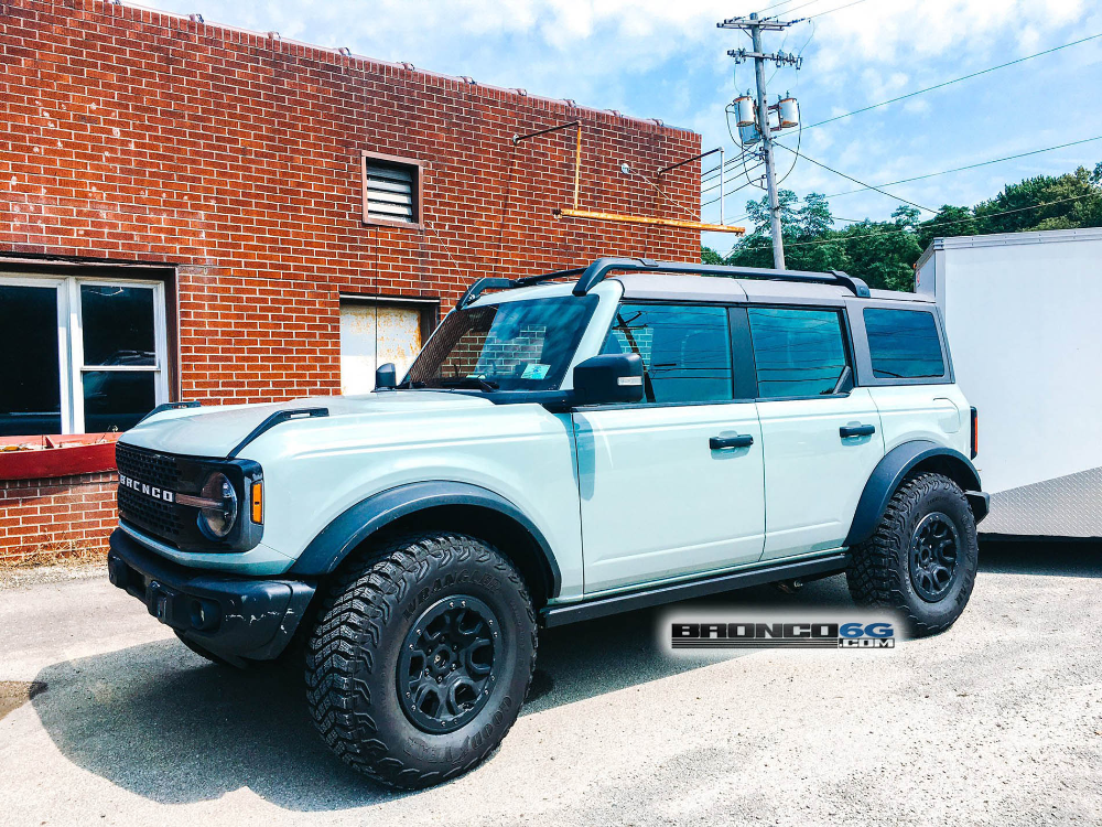 Spotted Bronco Badlands Sasquatch Towing Trailer With Outerbanks In The Wild 2021 Ford Bronco Forum 6th Generation Br Towing Trailer Ford Bronco Bronco