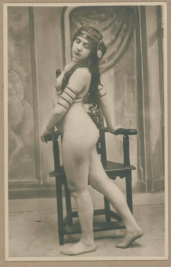 from Kasen nude dance in france