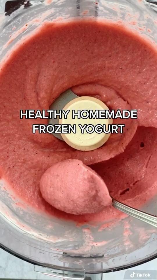 Healthy Homemade Frozen Yogurt | Walder Wellness,