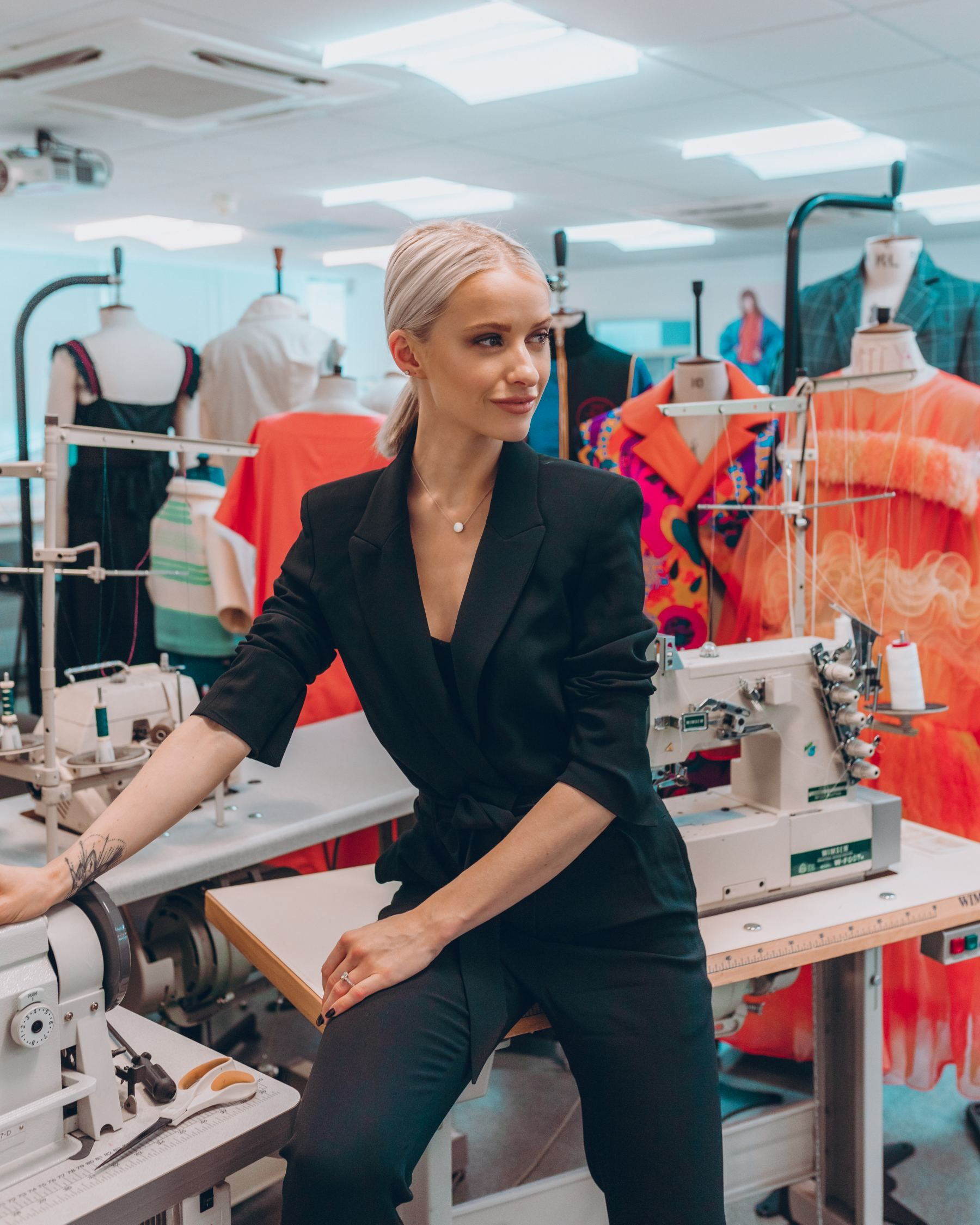 Photo of Do you want to study Fashion Design? A Scholarship opportunity you NEED to know about – Inthefrow