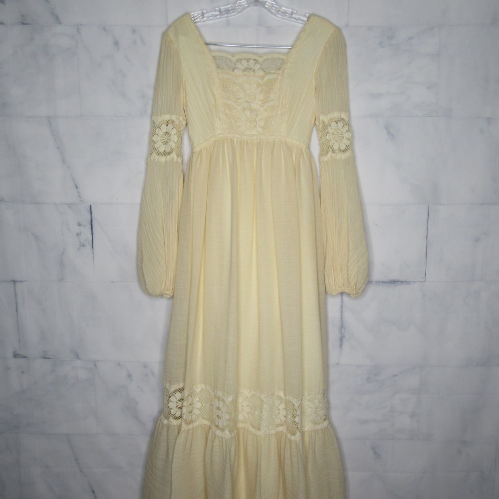 Vtg ilgwu women wedding dress cream peasant lace long sleeve size
