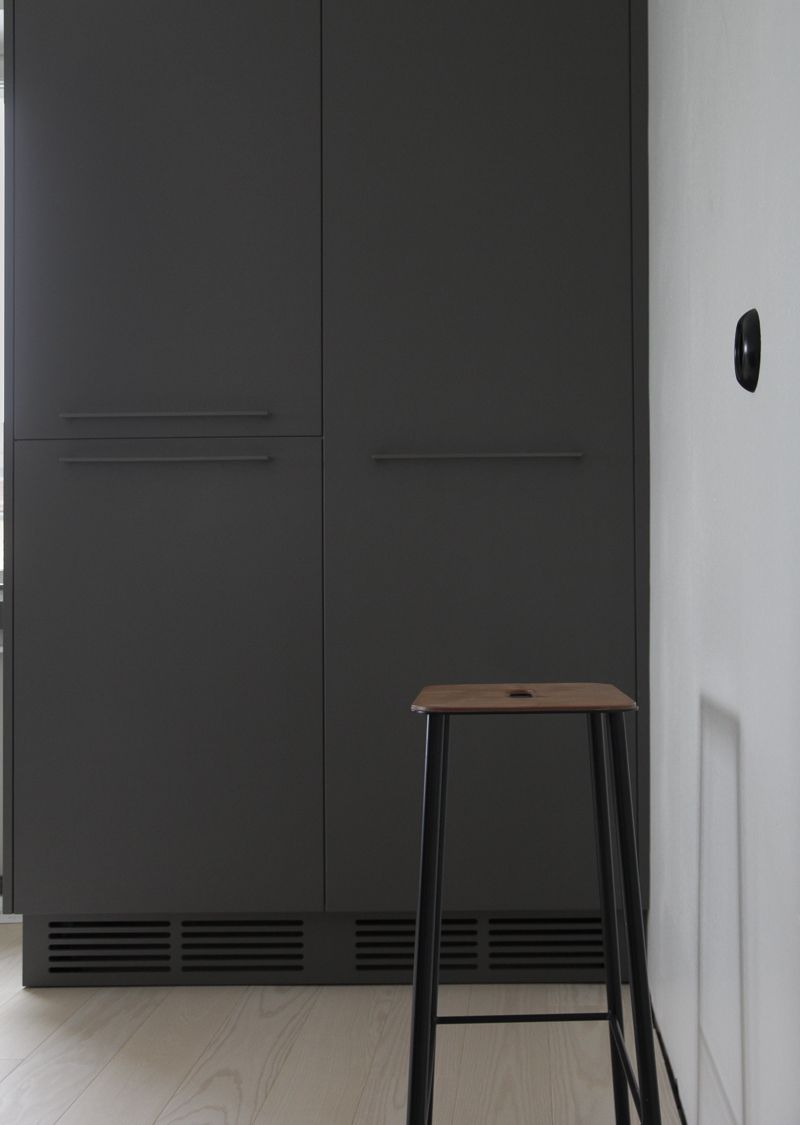 Kitchen renovation for the new flat ( www.timeoftheaquarius.com )