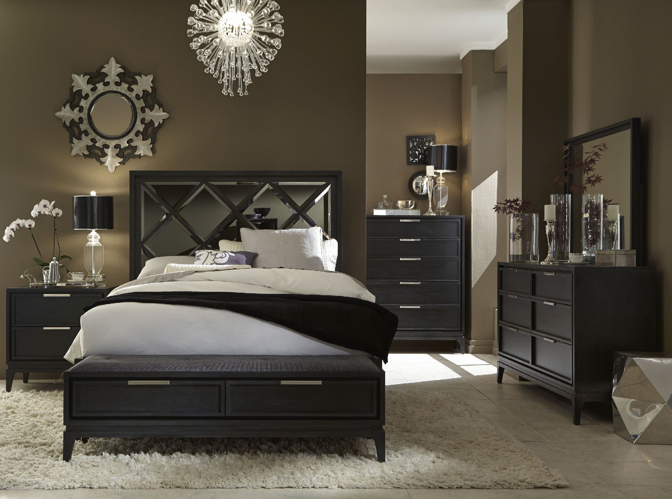 Luxe King 4-Pc Bedroom Group Incuding King Mirrored Panel Bed ...