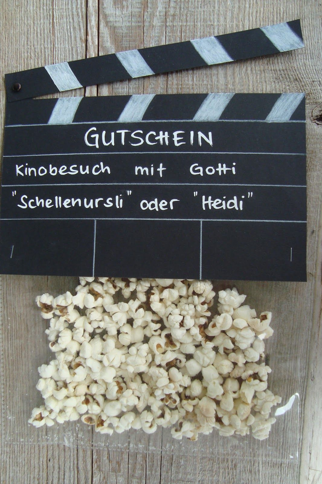 best 25 kinogutschein basteln ideas on pinterest kinogutschein popcorn geschenke and popcorn. Black Bedroom Furniture Sets. Home Design Ideas
