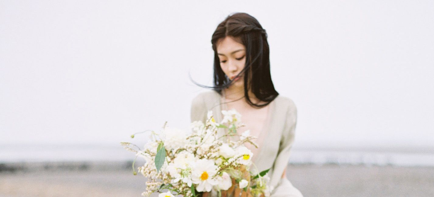 Refined rustic wedding inspiration for autumn in taiwan robes