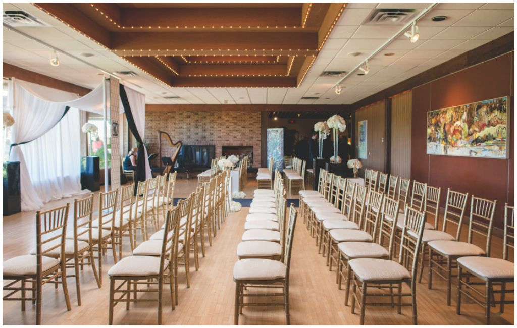 Elegant Ceremony With Gold Chiavari Chairs At The Royal Mayfair Golf Club Edmonton