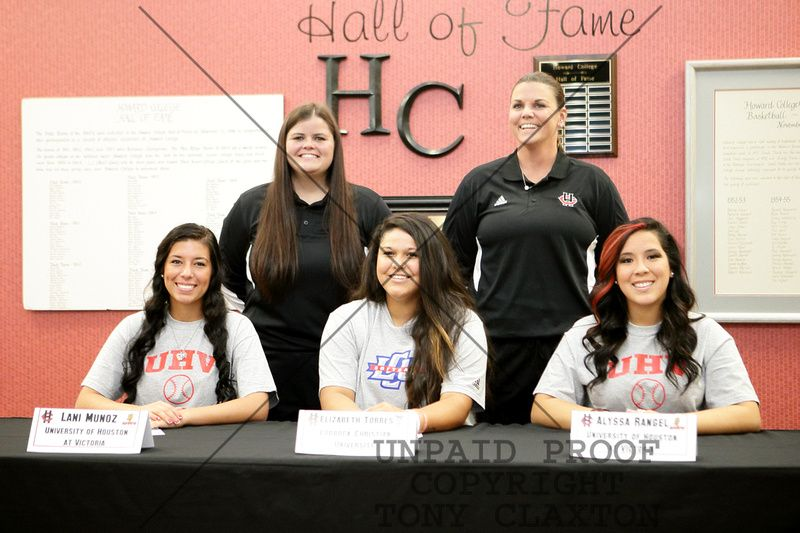 HC Softballu0027s Lani Munoz, Elizabeth Torres and Alyssa Rangel - letters of intent