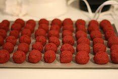 Red Velvet Cake Balls «  bakerella.com
