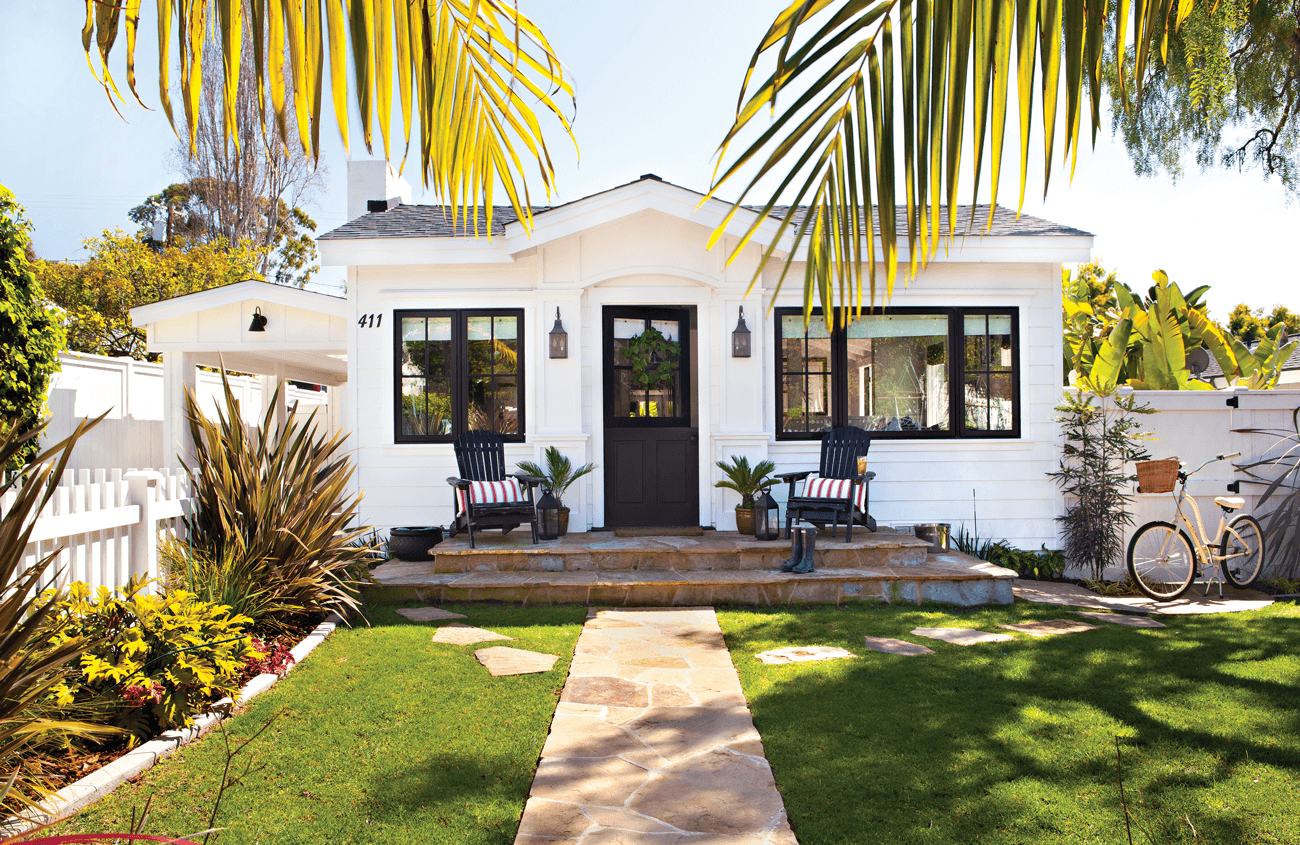 How To Boost Curb Appeal Cottage Style Decorating Renovating And Entertaining Ideas For Indoors And Out Cottage Exterior House Exterior Beach Cottage Style