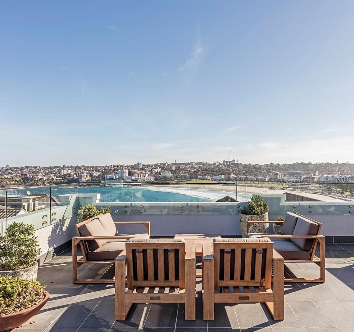 Simon Baker Bondi Beach apartment