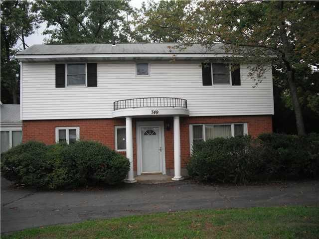 749 N Main Street Spring Valley Ny Trulia Spring Valley Renting A House Fenced In Yard