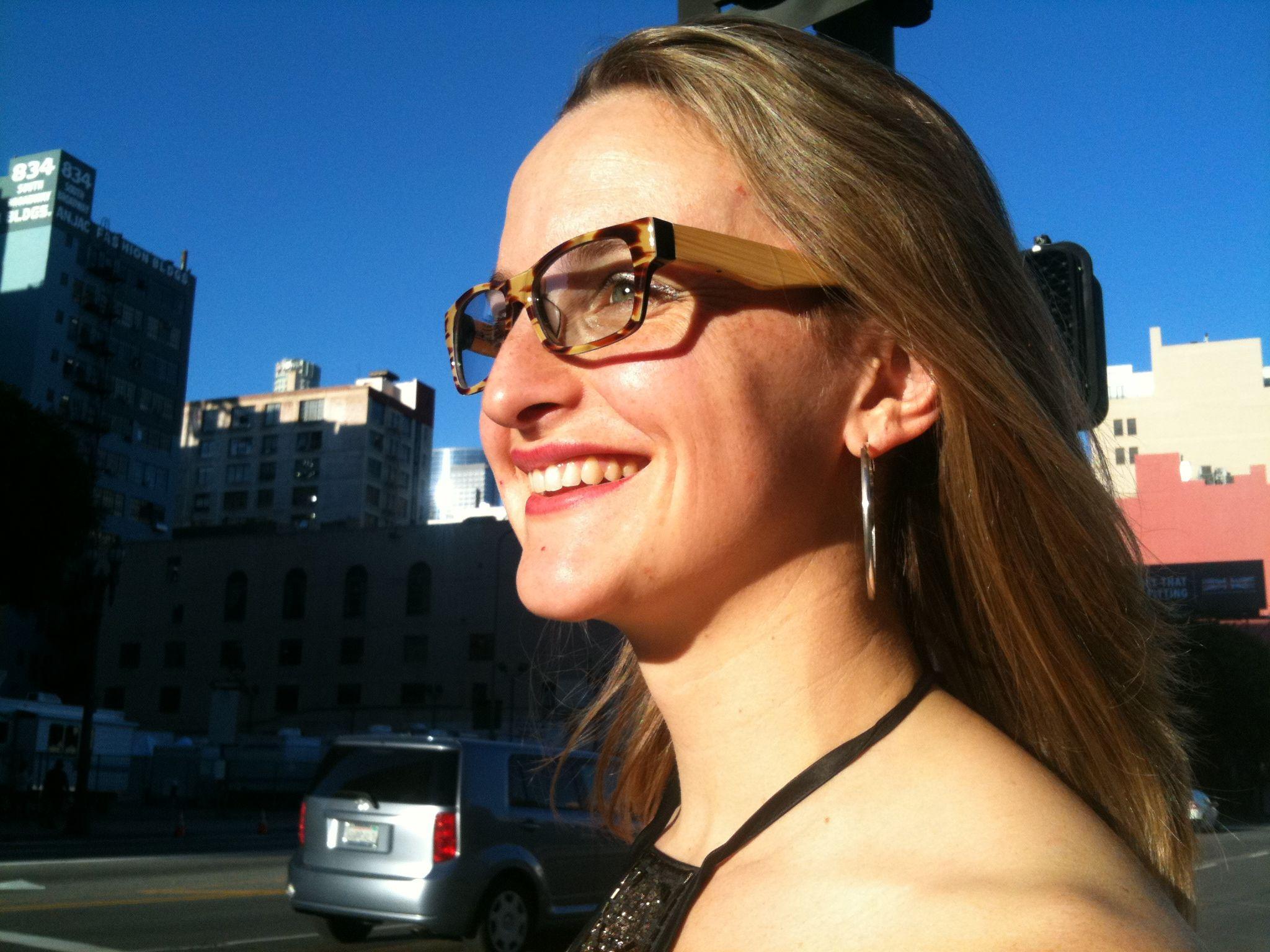 US Actress Lauren Selman, @laurenselman in #ColinLeslieEyewear