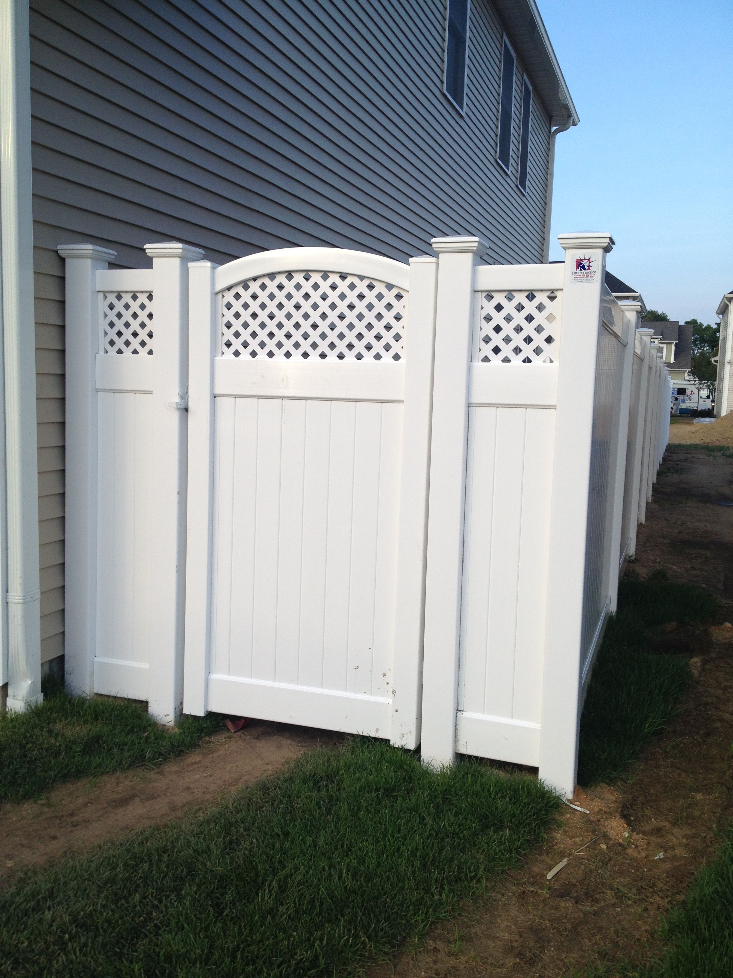 72 Infinity With Curved Privacy Lattice Top Pvc Walkway Gate 72