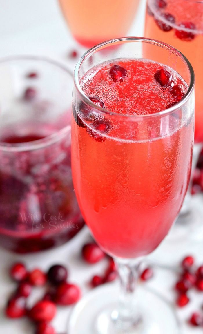 Cranberry Pomegranate Champagne Cocktail Will Cook For Smiles Mint Cocktail Recipe Vegan Cocktails Cocktails
