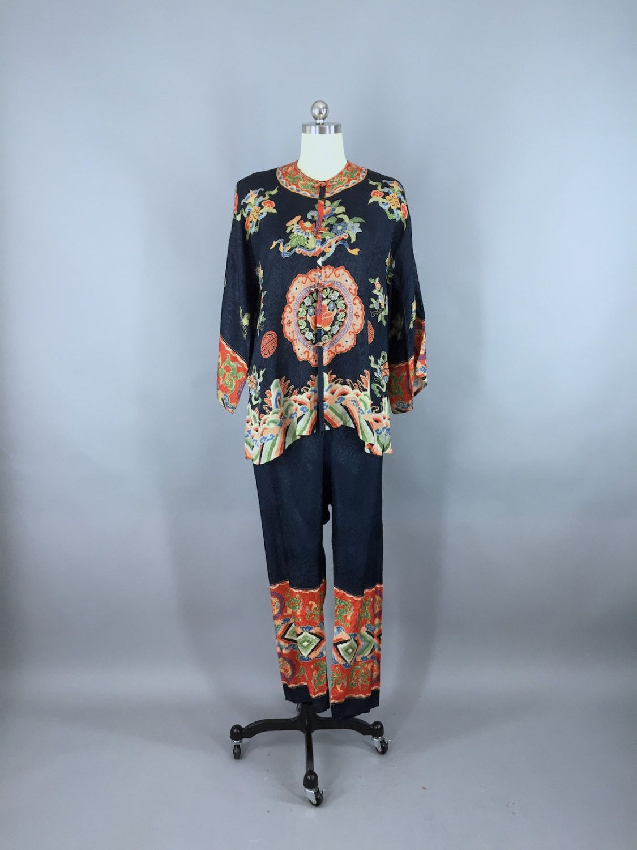 Vintage 1920s Silk Pajamas Pjs Loungewear   Flapper 20s Lingerie Boudoir    Chinoiserie Chinese Asian Dragon 0bdf71557