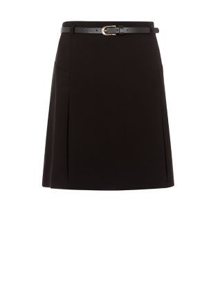 708587bfcb A school uniform wouldn't be complete without our Teens Black Belted Skirt.  #newlook #fashion