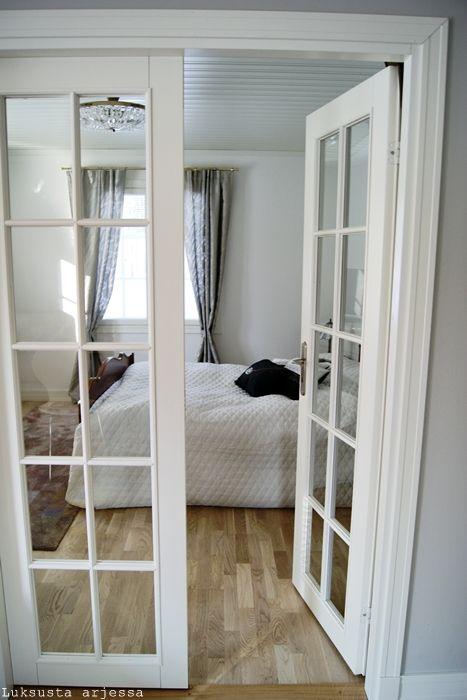 makuuhuoneen ovet