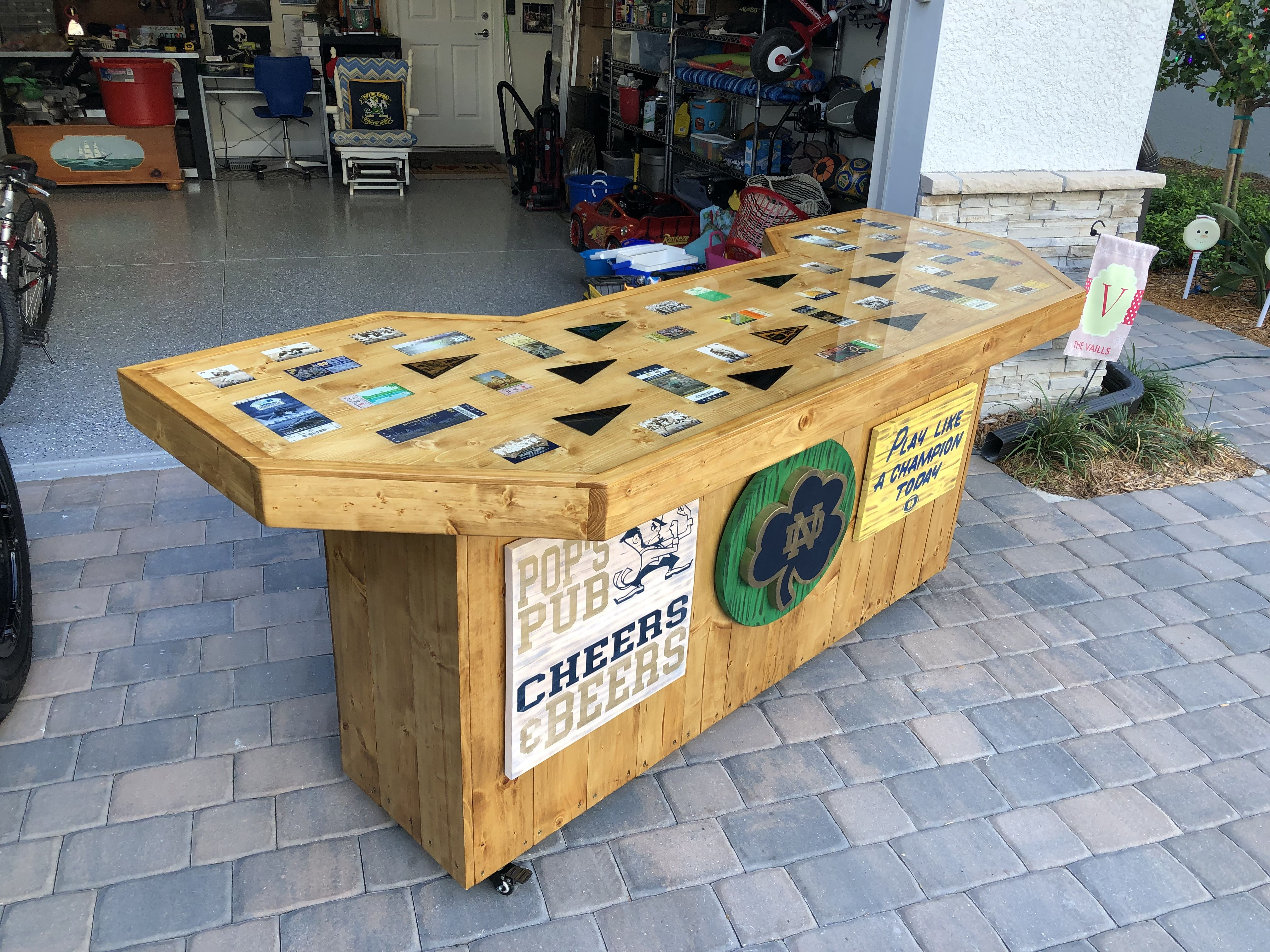 Notre Dame Bar Pallet Table Decor