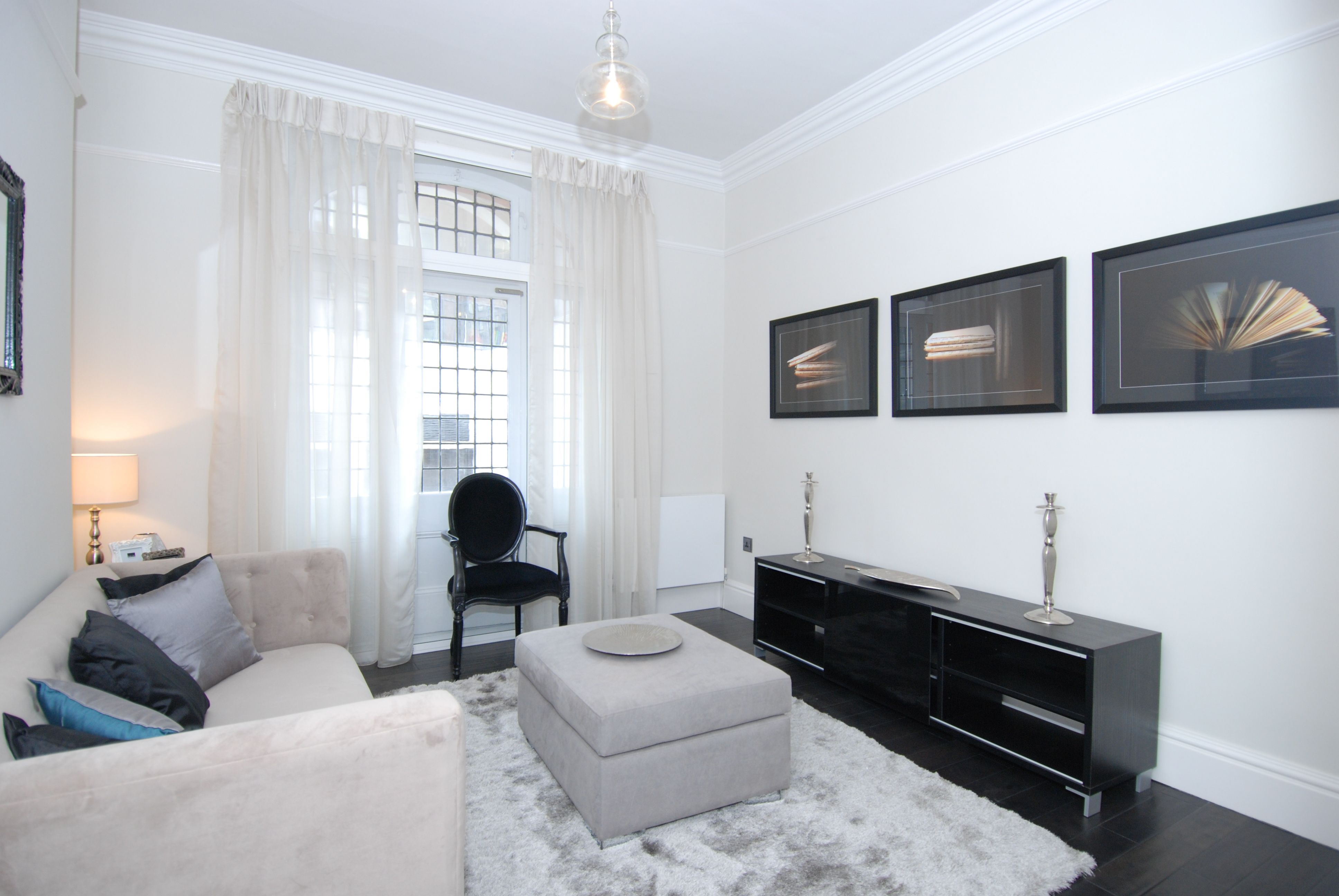 A contemporary designed three bedroom flat to rent in
