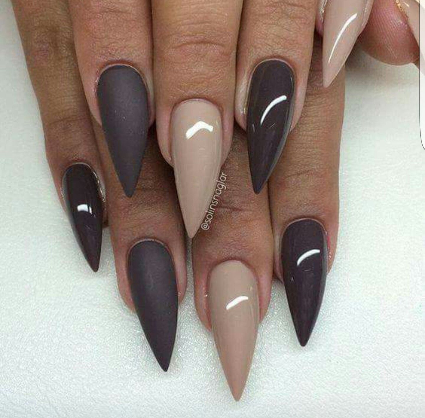 A great, simple design x | Nails | Pinterest