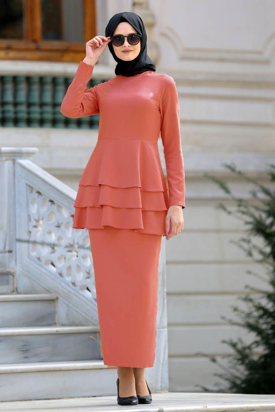 Neva Style Koyu Somon Peplum Bluz Etek Tesettur Takim 42050ksmn Tesetturisland Com Moda Stilleri Peplum The Dress