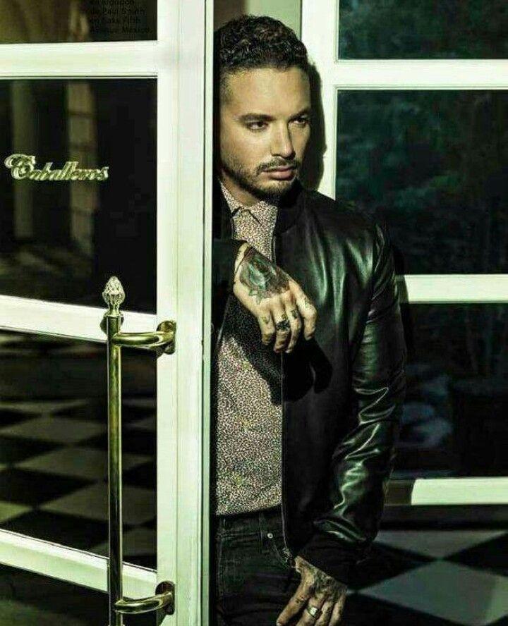 b52307dd6fb Male Fashion Trends  J Balvin para Esquire México por Omar Cruz