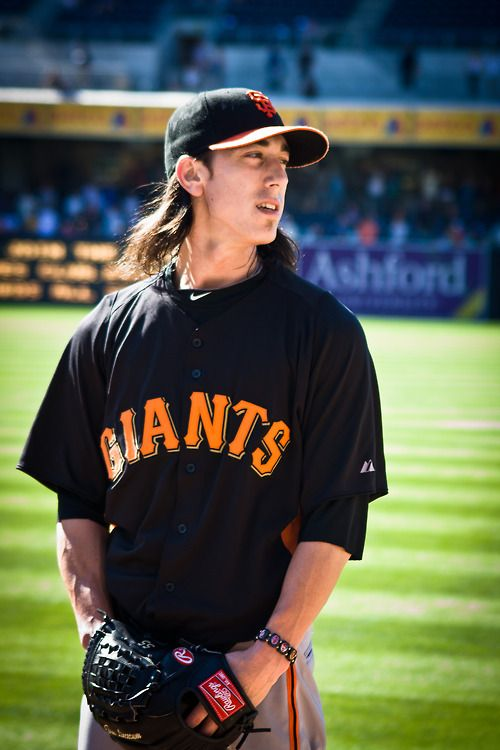 Pin By Kelsey King On Them Athletes Sf Giants Players Sf Giants Baseball Giants Players