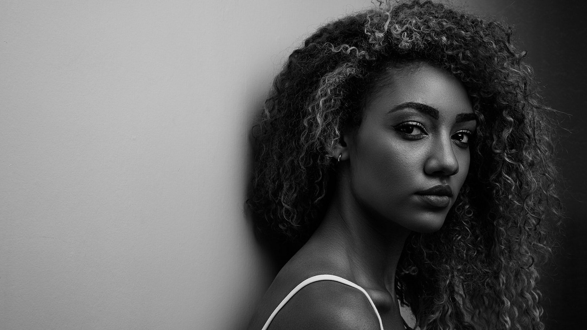 How To Restore Your Natural Curl Pattern With These 5 Tips ...