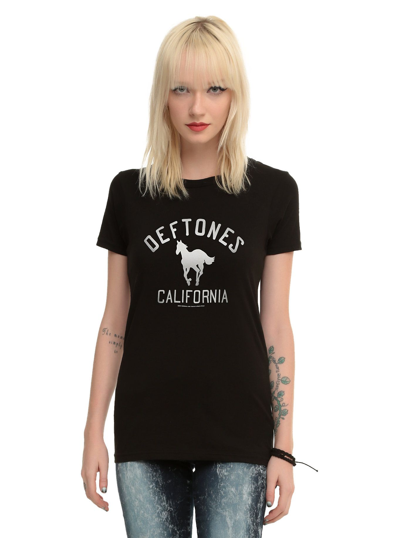 Deftones White Pony California Girls T Shirt Girls Tshirts Wonder Woman Shirt Womens Shirts [ 1836 x 1360 Pixel ]