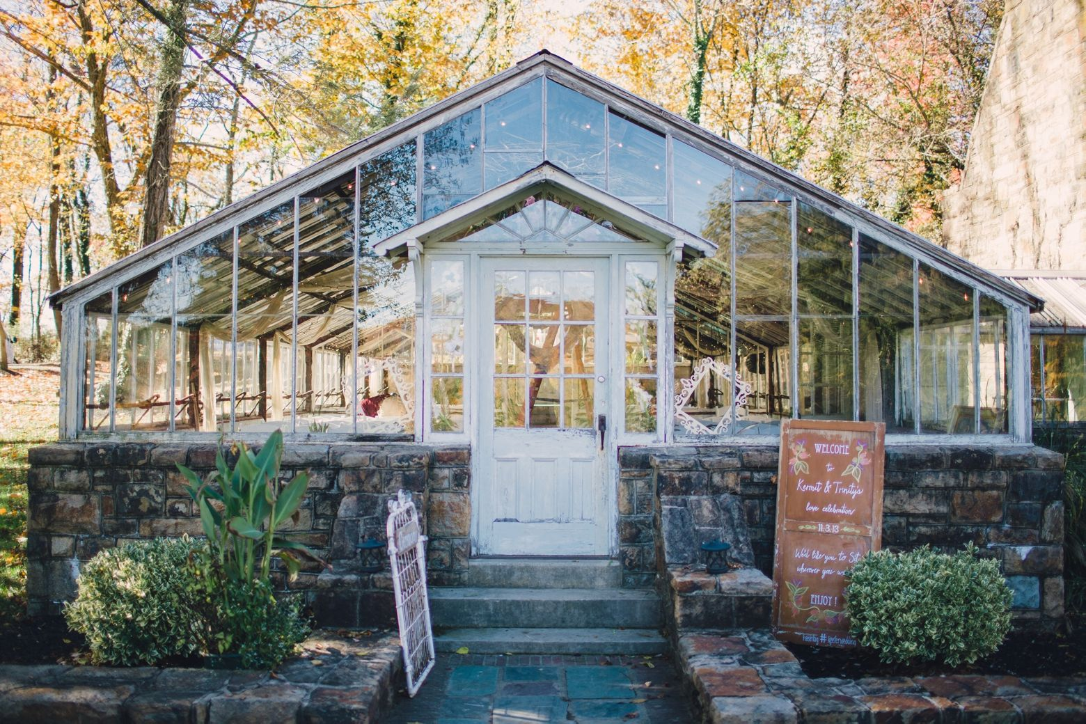 30 best rustic outdoors eclectic unique beautiful wedding venues 30 best rustic outdoors eclectic unique beautiful wedding venues in pennsylvania maryland new jersey new york delaware junglespirit Image collections