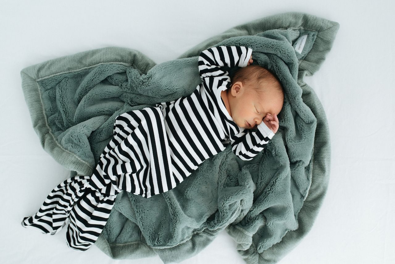 77ddf37cc1d7d Nothing sweeter than a newborn baby and a Saranoni ❤ Featuring our  top-selling Eucalyptus Lush blanket. #baby #newborn #photography #love ...