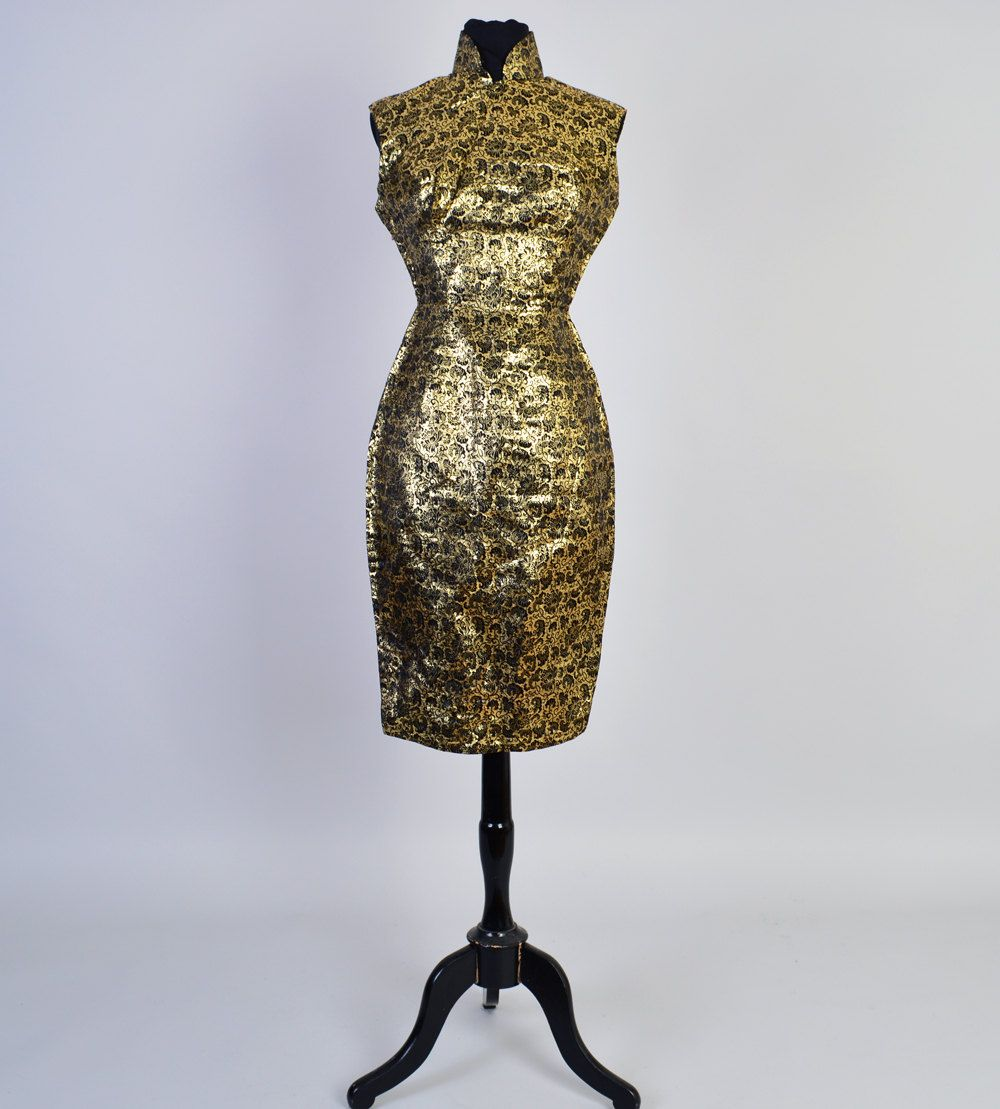 1960er Jahren gold Cocktail-Kleid / Vintage Midi von ShopWildLove ...