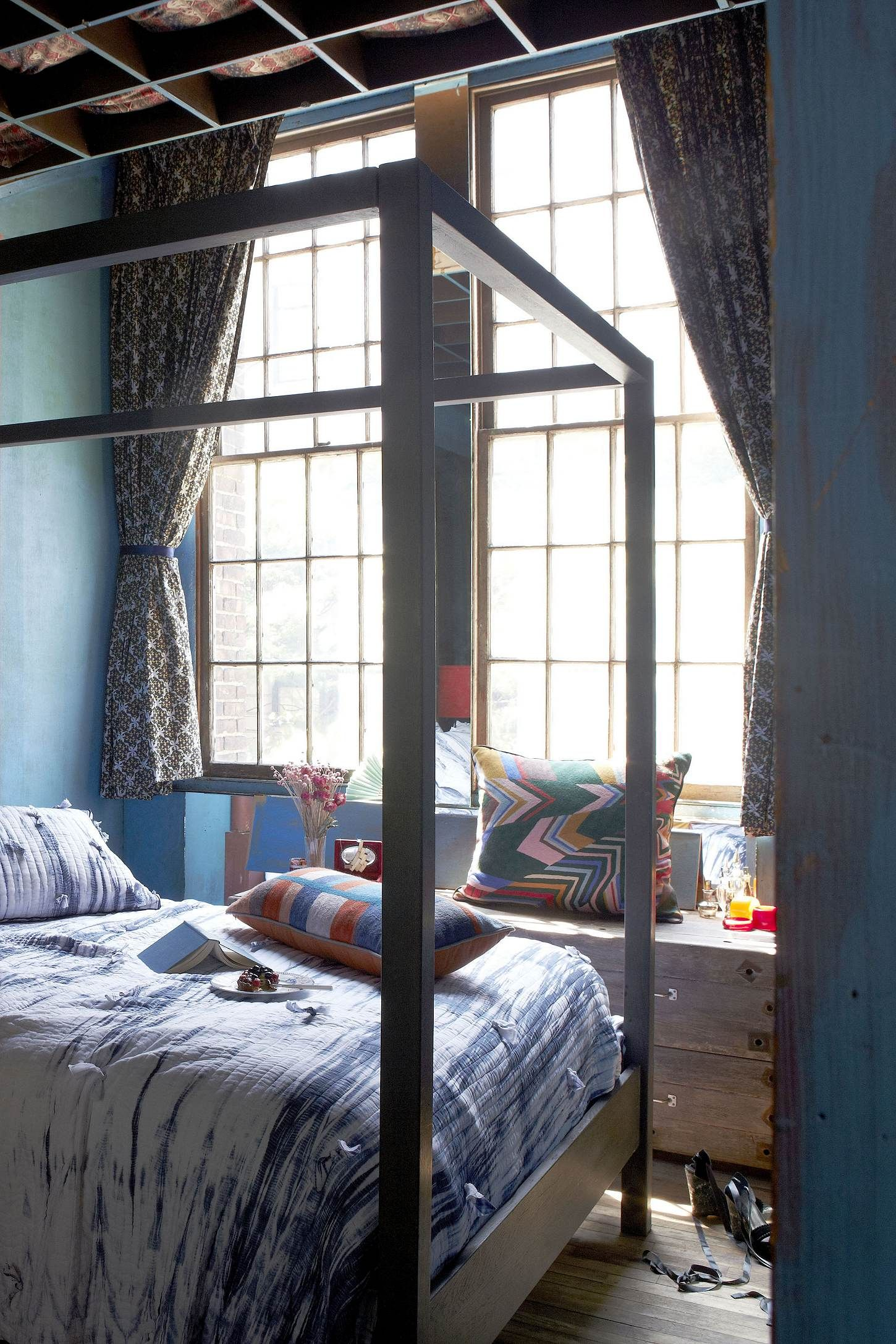 Anthropologie Bedroom: Anthropologie Bedroom- ♥ The 4 Post Bed #anthropologie